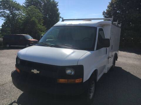 2005 Chevrolet Express for sale at Church Street Auto Sales in Martinsville VA