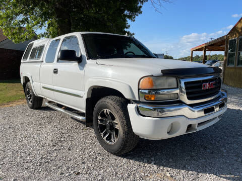 2007 GMC Sierra 1500 Classic for sale at Champion Motorcars in Springdale AR