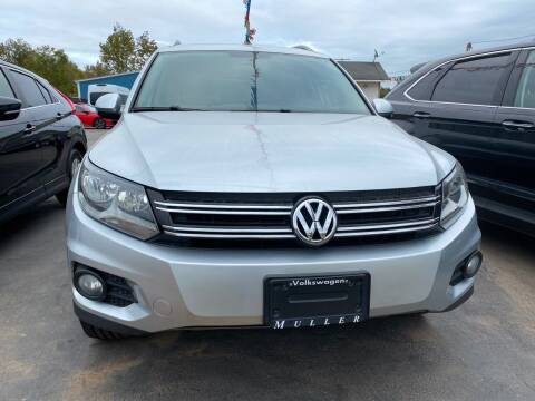 2013 Volkswagen Tiguan for sale at BEST AUTO SALES in Russellville AR