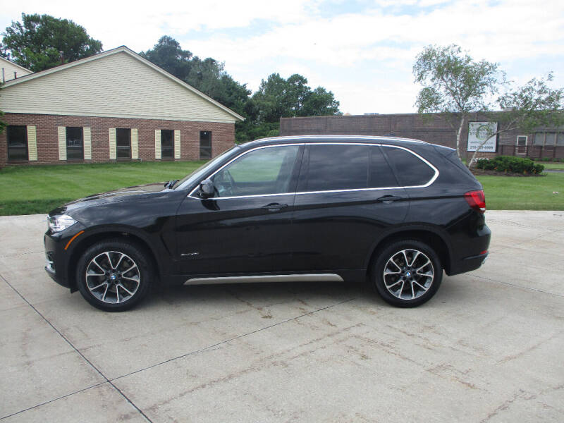 2018 BMW X5 for sale at Lease Car Sales 2 in Warrensville Heights OH