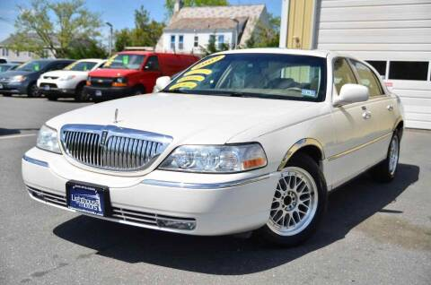 2007 Lincoln Town Car for sale at Lighthouse Motors Inc. in Pleasantville NJ