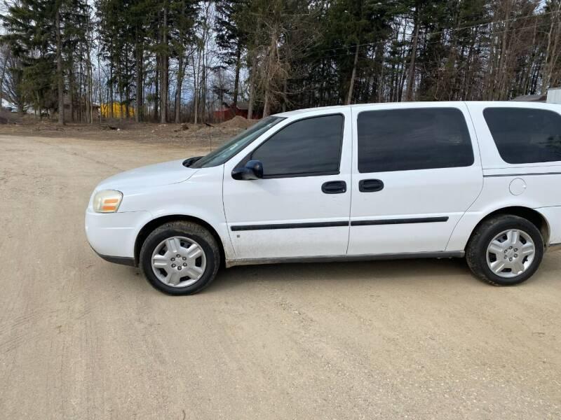 2008 Chevrolet Uplander for sale at Hillside Motor Sales in Coldwater MI