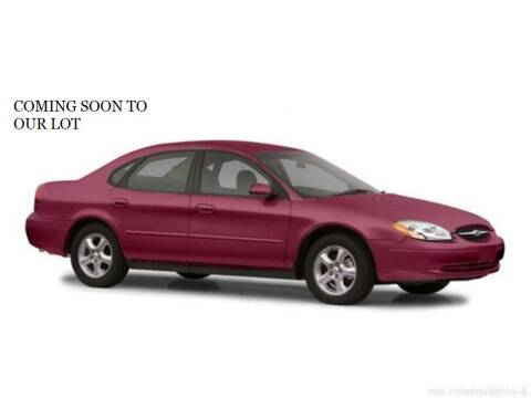 2002 Ford Taurus for sale at FASTRAX AUTO GROUP in Lawrenceburg KY