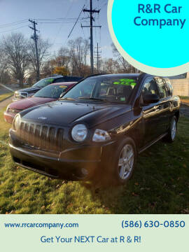 2007 Jeep Compass for sale at R&R Car Company in Mount Clemens MI