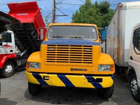 2001 International 4700 for sale at Drive Deleon in Yonkers NY