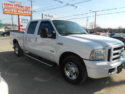 2005 Ford F-250 Super Duty for sale at CARDEPOT in Fort Worth TX