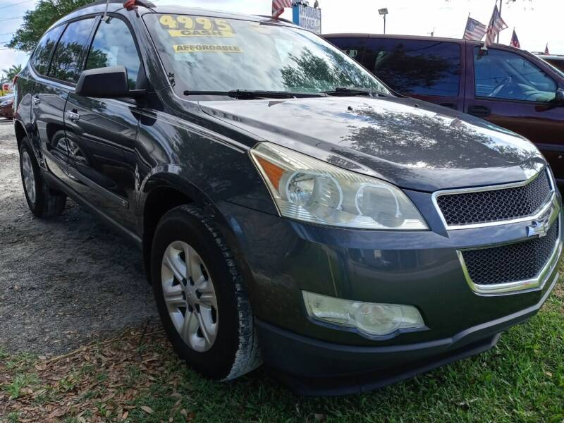 2009 Chevrolet Traverse for sale at AFFORDABLE AUTO SALES OF STUART in Stuart FL