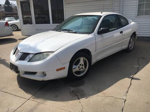 2004 Pontiac Sunfire for sale at Dino Auto Sales in Omaha NE
