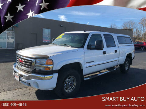 2006 GMC Sierra 2500HD for sale at Smart Buy Auto in Bradley IL