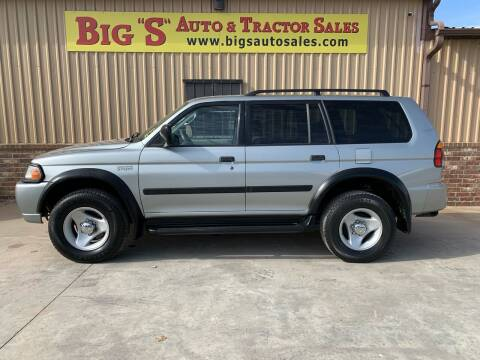 2001 Mitsubishi Montero Sport for sale at BIG 'S' AUTO & TRACTOR SALES in Blanchard OK