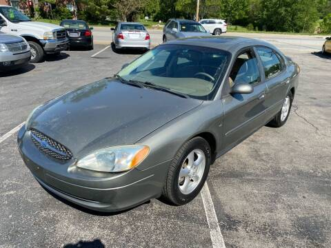 2003 Ford Taurus for sale at Auto Choice in Belton MO