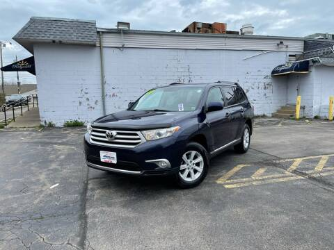 2013 Toyota Highlander for sale at Santa Motors Inc in Rochester NY