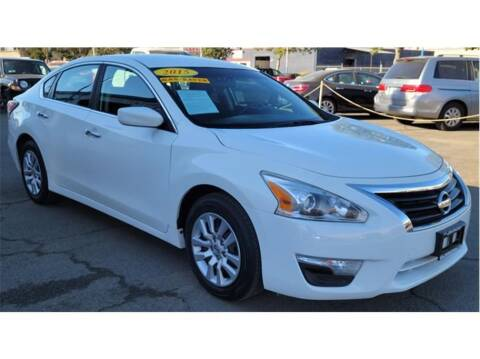 2015 Nissan Altima for sale at ATWATER AUTO WORLD in Atwater CA