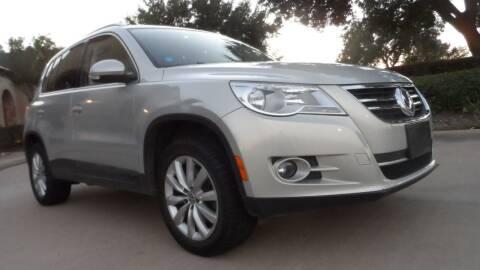 2011 Volkswagen Tiguan for sale at Exhibit Sport Motors in Houston TX
