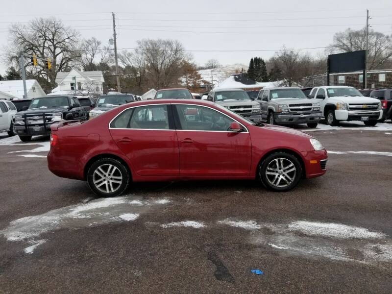 2006 Volkswagen Jetta for sale at RIVERSIDE AUTO SALES in Sioux City IA