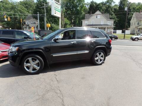 2013 Jeep Grand Cherokee for sale at CAR CORNER RETAIL SALES in Manchester CT