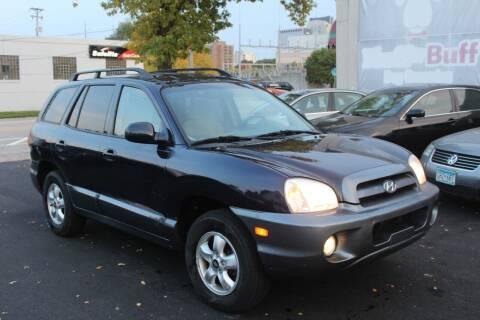2005 Hyundai Santa Fe for sale at Rochester Auto Mall in Rochester MN