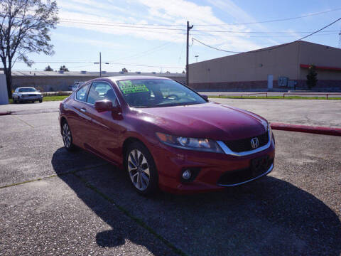 2015 Honda Accord for sale at BLUE RIBBON MOTORS in Baton Rouge LA