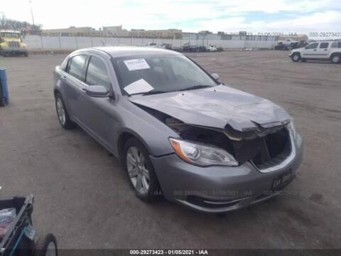 2013 Chrysler 200 for sale at Varco Motors LLC - Builders in Denison KS