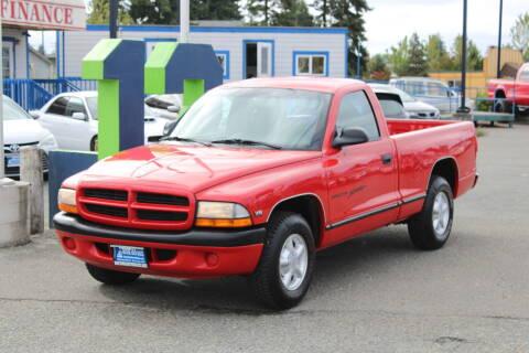 1999 Dodge Dakota for sale at BAYSIDE AUTO SALES in Everett WA