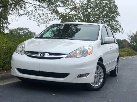 2007 Toyota Sienna for sale at William D Auto Sales in Norcross GA