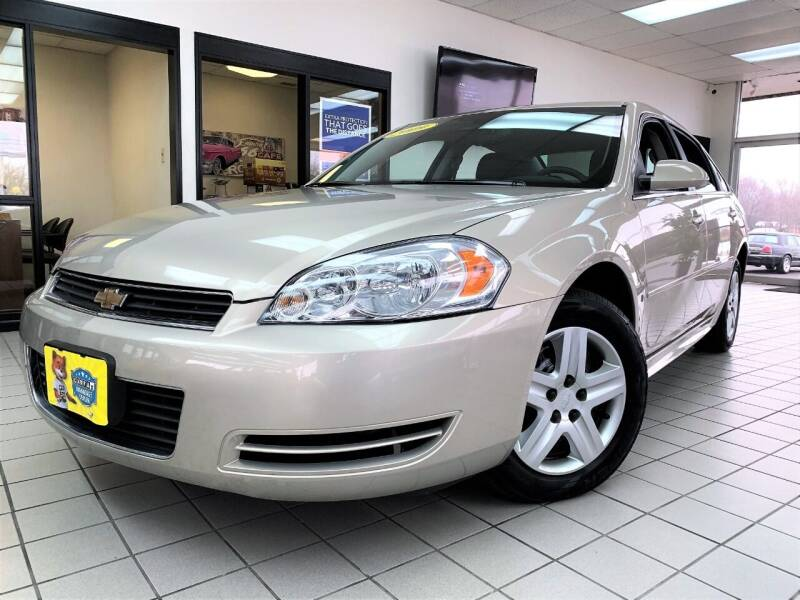 2009 Chevrolet Impala for sale at SAINT CHARLES MOTORCARS in Saint Charles IL