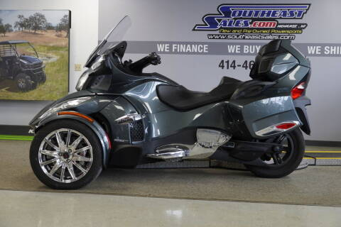2018 Can-Am Spyder® RT Limited Dark