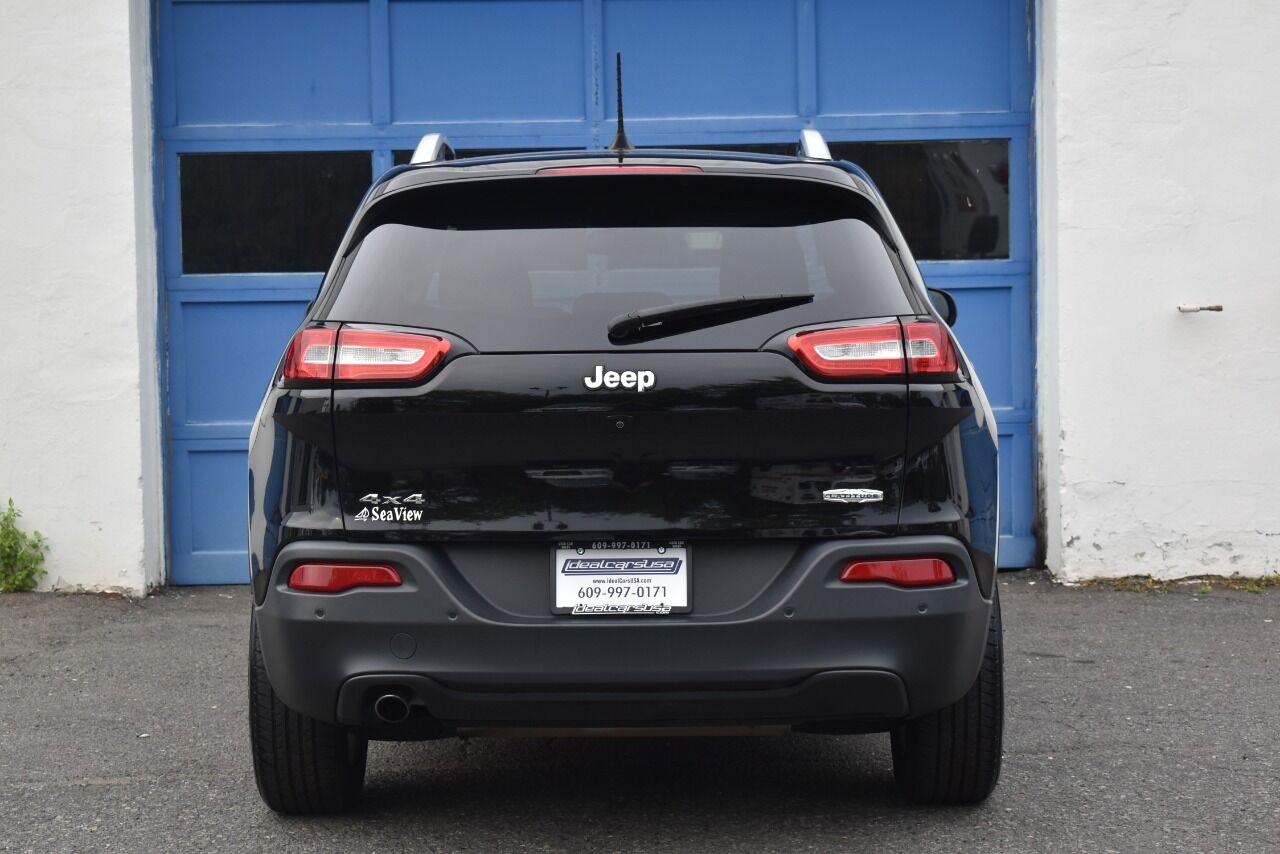 2017 Jeep Cherokee Latitude 4×4 4dr SUV full