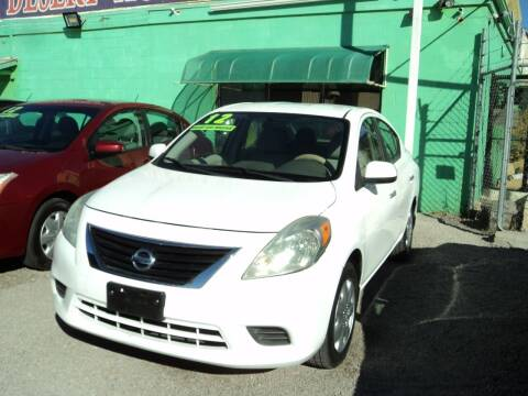 2012 Nissan Versa for sale at DESERT AUTO TRADER in Las Vegas NV