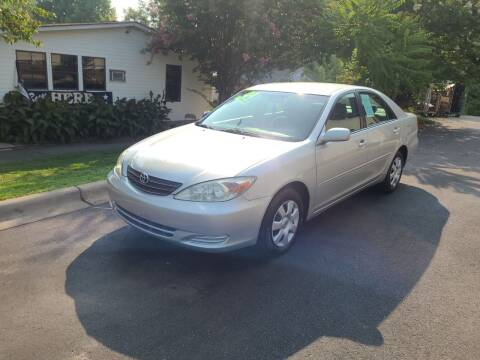 2004 Toyota Camry for sale at TR MOTORS in Gastonia NC