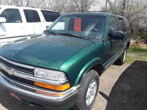 1999 Chevrolet Blazer for sale at BARNES AUTO SALES in Mandan ND