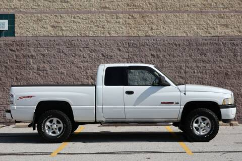 1998 Dodge Ram Pickup 1500 for sale at NeoClassics - JFM NEOCLASSICS in Willoughby OH