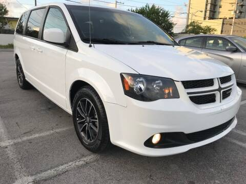 2018 Dodge Grand Caravan for sale at MIAMI AUTO LIQUIDATORS in Miami FL