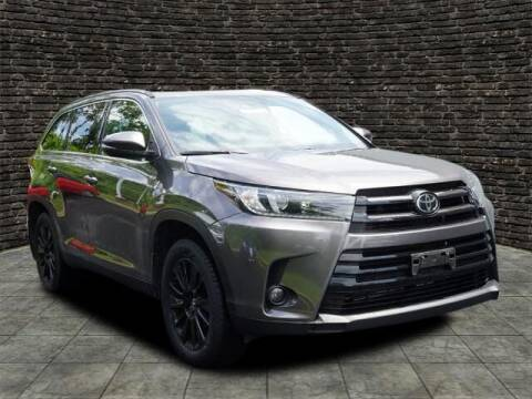 2019 Toyota Highlander for sale at Ron's Automotive in Manchester MD