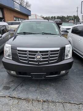 2010 Cadillac Escalade for sale at LAKE CITY AUTO SALES - Jonesboro in Morrow GA