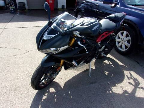 2016 Triumph Daytona 675R for sale at World Wide Automotive in Sioux Falls SD