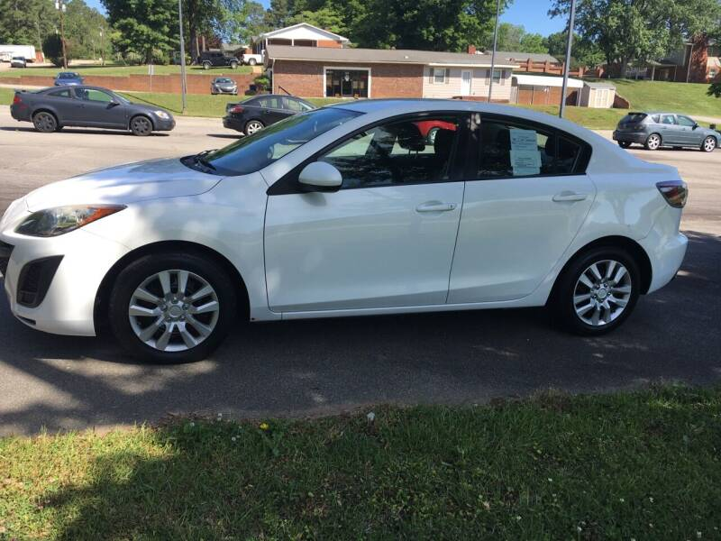 2010 Mazda MAZDA3 for sale at O'Quinns Auto Sales, Inc in Fuquay Varina NC