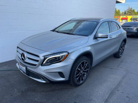 2017 Mercedes-Benz GLA for sale at APX Auto Brokers in Edmonds WA