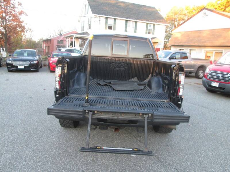 2011 Ford F-150 4x4 SVT Raptor 4dr SuperCrew Styleside 5.5 ft. SB - Lowell MA