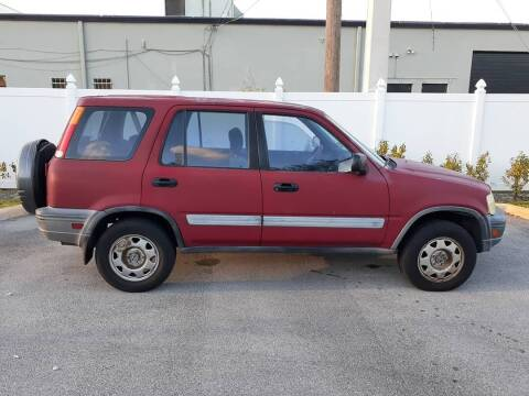 1998 Honda CR-V for sale at Car Mart Leasing & Sales in Hollywood FL