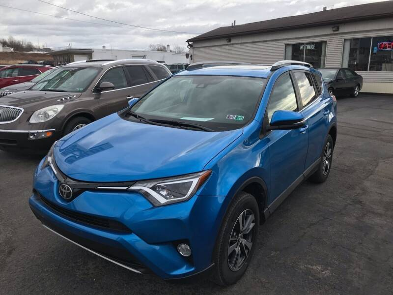 2018 Toyota RAV4 for sale at Rinaldi Auto Sales Inc in Taylor PA