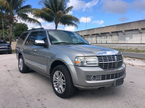 2008 Lincoln Navigator for sale at Florida Cool Cars in Fort Lauderdale FL