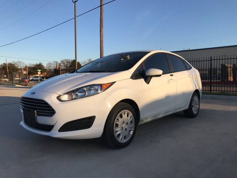 2017 Ford Fiesta for sale at Italy Auto Sales in Dallas TX