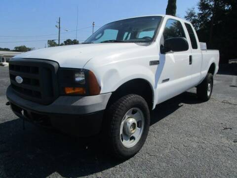 2005 Ford F-350 Super Duty for sale at Lewis Page Auto Brokers in Gainesville GA