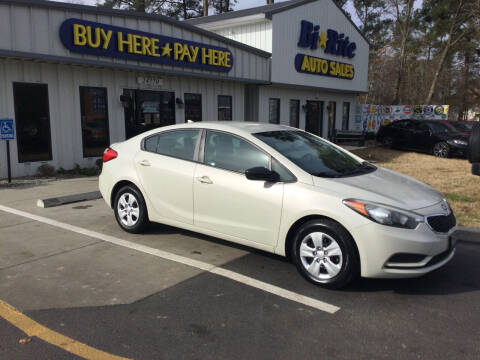 2014 Kia Forte for sale at Bi Rite Auto Sales in Seaford DE