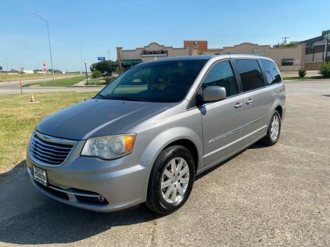 2014 Chrysler Town and Country for sale at MARLER USED CARS in Gainesville TX