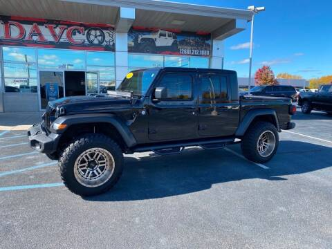 2020 Jeep Gladiator for sale at Davco Auto in Fort Wayne IN