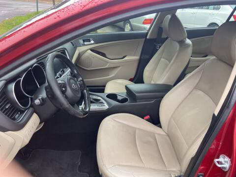 2015 Kia Optima for sale at GALANTE AUTO SALES LLC in Aston PA