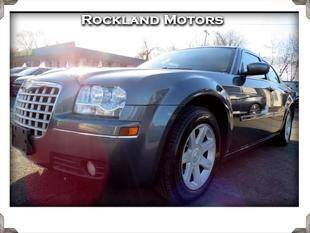2005 Chrysler 300 for sale at Rockland Automall - Rockland Motors in West Nyack NY