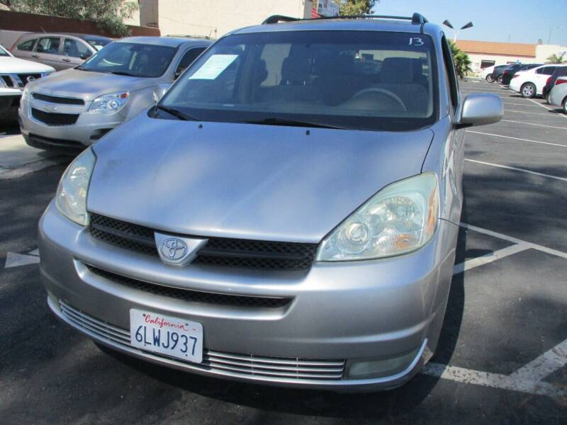 2004 Toyota Sienna for sale at F & A Car Sales Inc in Ontario CA